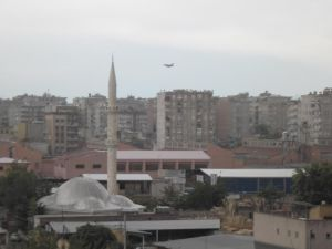 F16 skimming over the city. The red roofs are the Diyarbakir prison. Pic by me, click to enlarge.