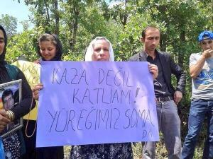 Mother of a victim of Roboski massacre. Text: 'It's not an accident, it's murder,. Our hearts are in Soma.' Pic via @jeaquares on twitter.
